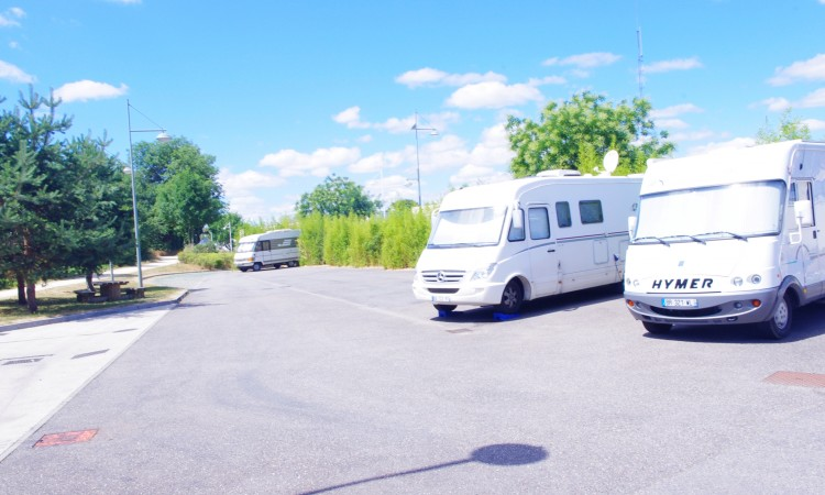 Aire camping-car à Toul (54200) - Photo 1